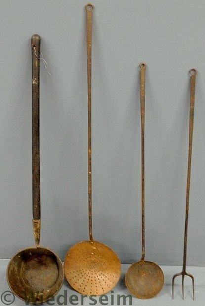 7: Massive oversized cooking utensils TI a copper di