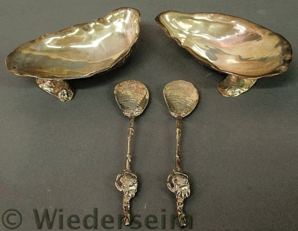 17: Pair of sterling silver oyster shell form seafood