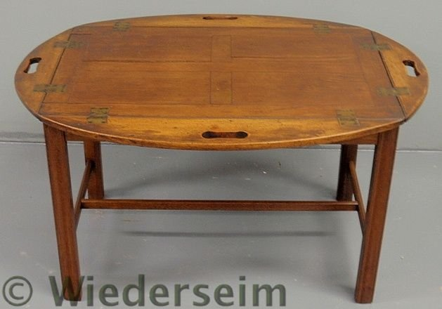 147: Chippendale style mahogany butler's tray table wi