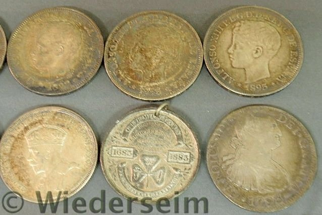 288: Group of foreign coins and medals TI- 1793 Spanis - 5