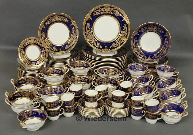 154: Assembled set of Cauldon bone china dinner service