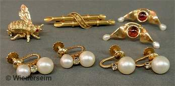 """Victorian bar pin marked """"18k with applied gold ri"""
