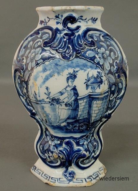 "15: Dutch Delft blue and white garniture, 18th c. 10.5"""