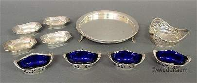 566: Group of sterling silver table articles to include