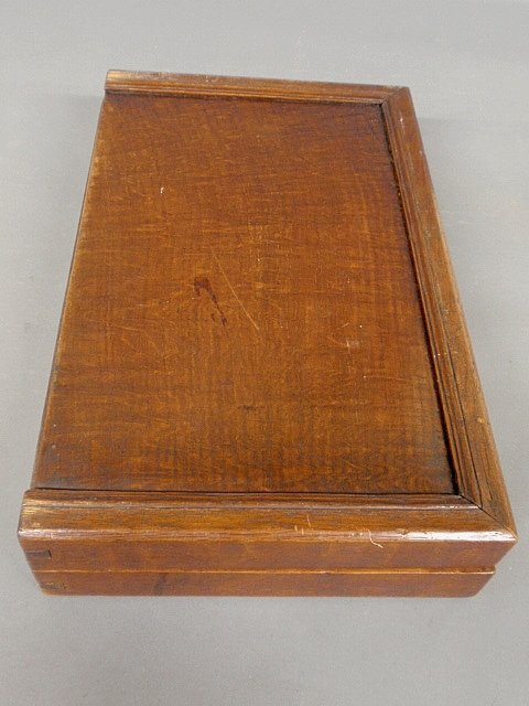 Large inlaid yew wood backgammon set, 18th/19th c. As f - 5