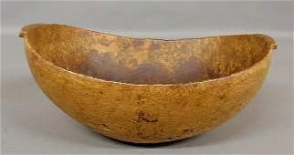 Iroquois burl ash wood bowl, c.1800, with carved lug ha