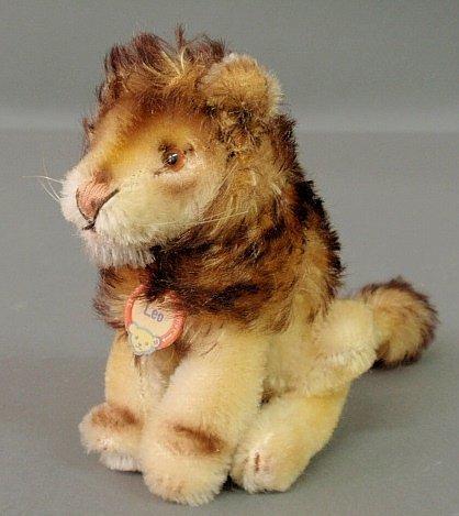 "Steiff lion, c.1950, with ""Leo"" tag. 4.5""h."