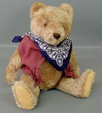 Steiff teddy bear, c.1950, with button and growler.