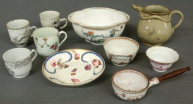 Group of porcelain tableware TI a creamer