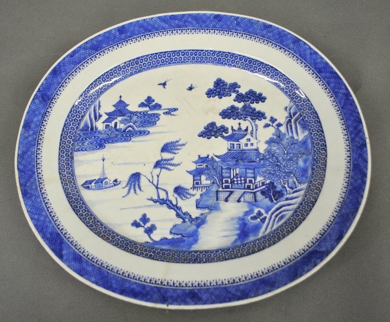 Blue and white Chinese Nanking platter, c.1850. As