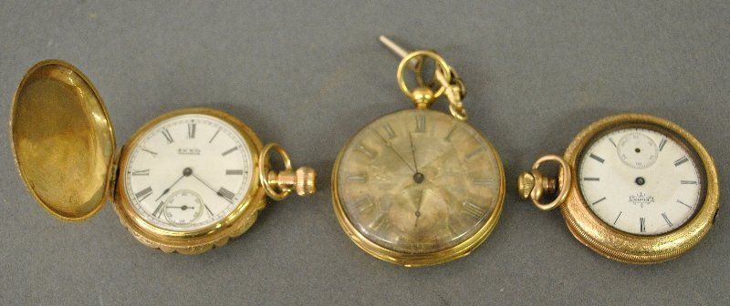 Hunter cased pocket watch by Waltham marked 14 K gold,