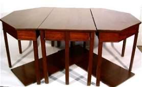 161: Georgian mahogany three-part banquet table