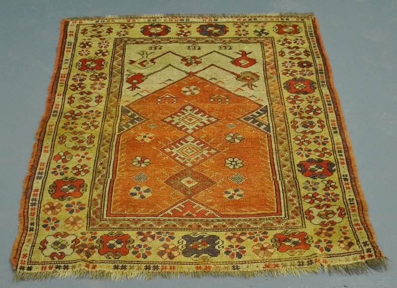 "Turkish oriental prayer mat, c.1890. 3'5""x4'5"""