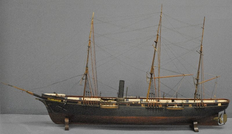 Large, finely detailed live steam model of the USS