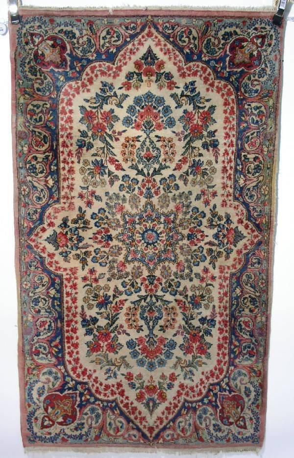 18: Kerman oriental mat, beige field, floral patterns a