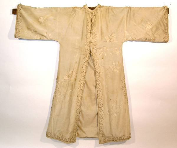 22: Japanese ceremonial robe, 19th c., beige-on-beige e