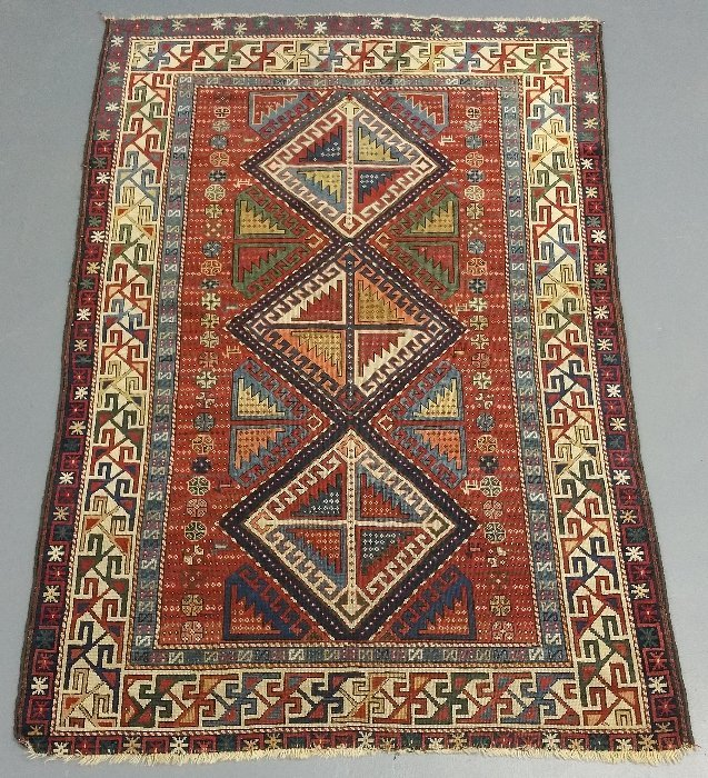 Colorful Shirvan center hall mat with overall geometric