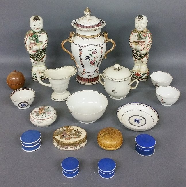 Chinese porcelain tableware to include covered case,