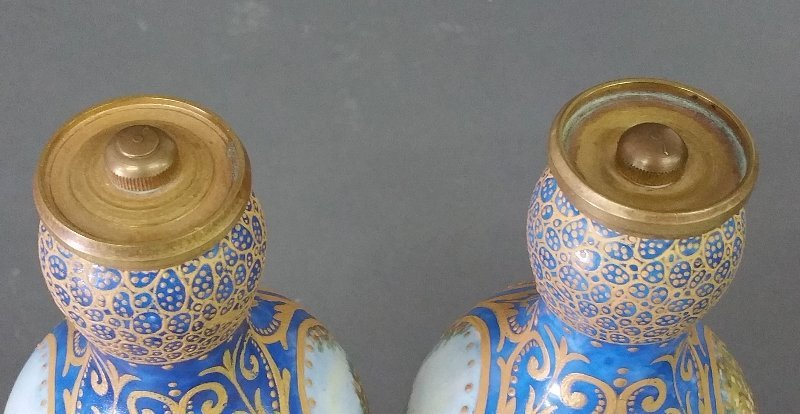 Pair of Sevres porcelain Garnitures, hand painted and - 4