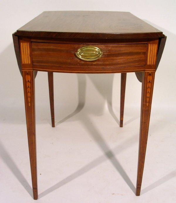 137: Federal line inlaid mahogany Pembroke table, c.179