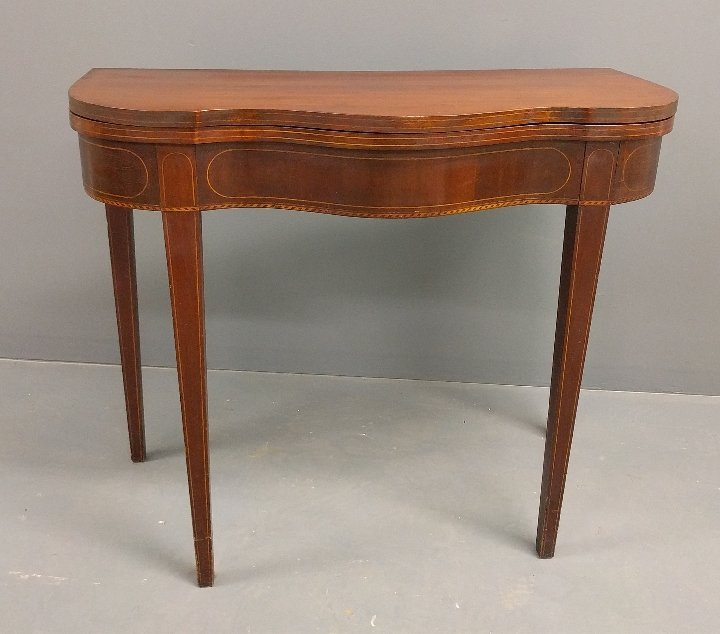 Federal inlaid mahogany serpentine card table, c. 1790.
