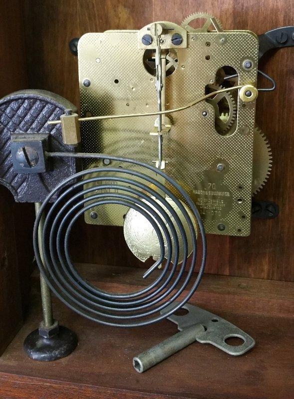 Mahogany cased bracket clock made by Natt M. Emery, - 2