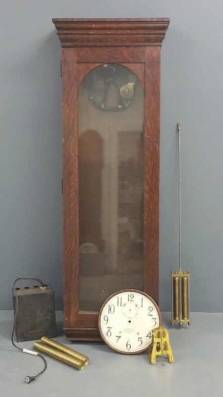 Oak cased International Time Recorder with case,