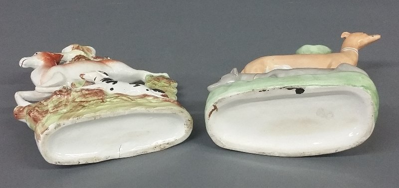 Two Staffordshire spill vases, 19th c. Each approx., 10 - 2