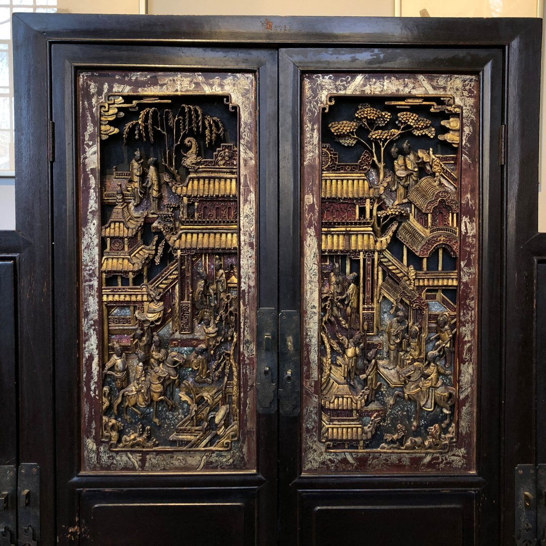 Antique Chinese Gilt & Hardwood Carved Cabinet - 7