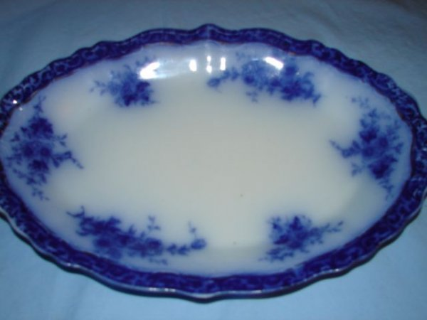 10: Flow blue platter