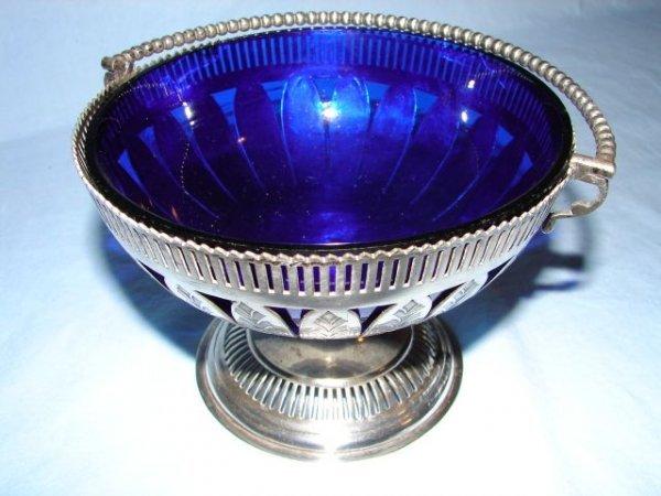 15: Silver basket with cobalt liner