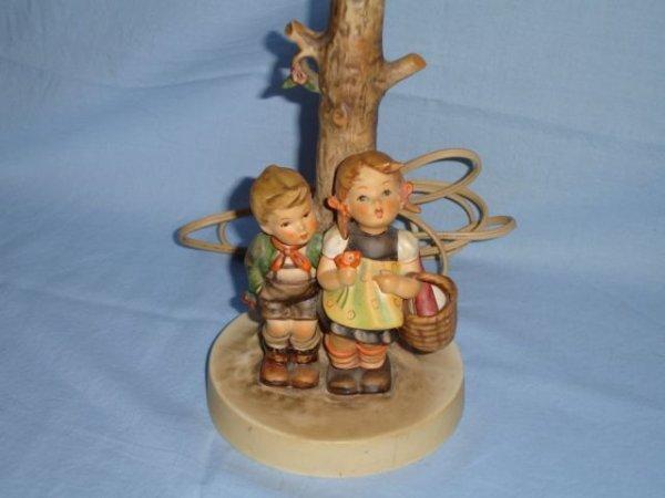 2: Goebel Hummel Table Lamp To Market
