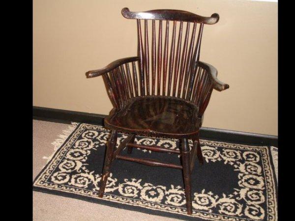 10: Windsor Arm Chair