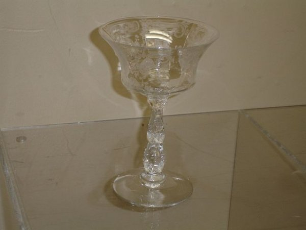 19: 11 Cambridge Chantilly #3625 Champagne Glasses