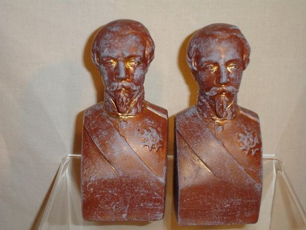 180: Military Bust Plaster Book Ends