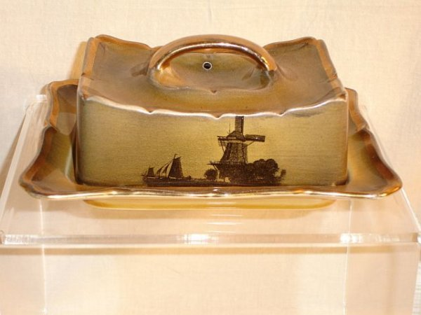217: Ridgways Royal Vistas Ware Covered Butter Dish