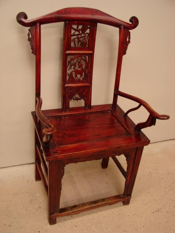 20: Lacquer-painted antique high-back Oriental chair