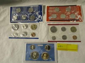 (2) 2005 Uncirculated Coin Sets Denver And