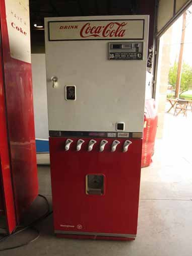 Vintage Coca-Cola Soda Pop Bottle Vending Machine