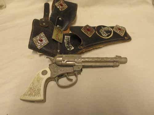 The Lone Ranger Pistol Holster with Pony Boy Toy Gun - 2