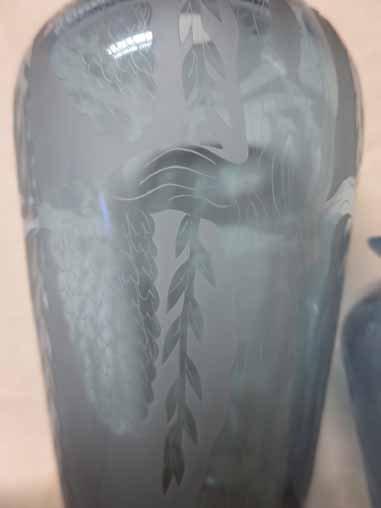 2 Vandermark vases with leaf designs. - 3