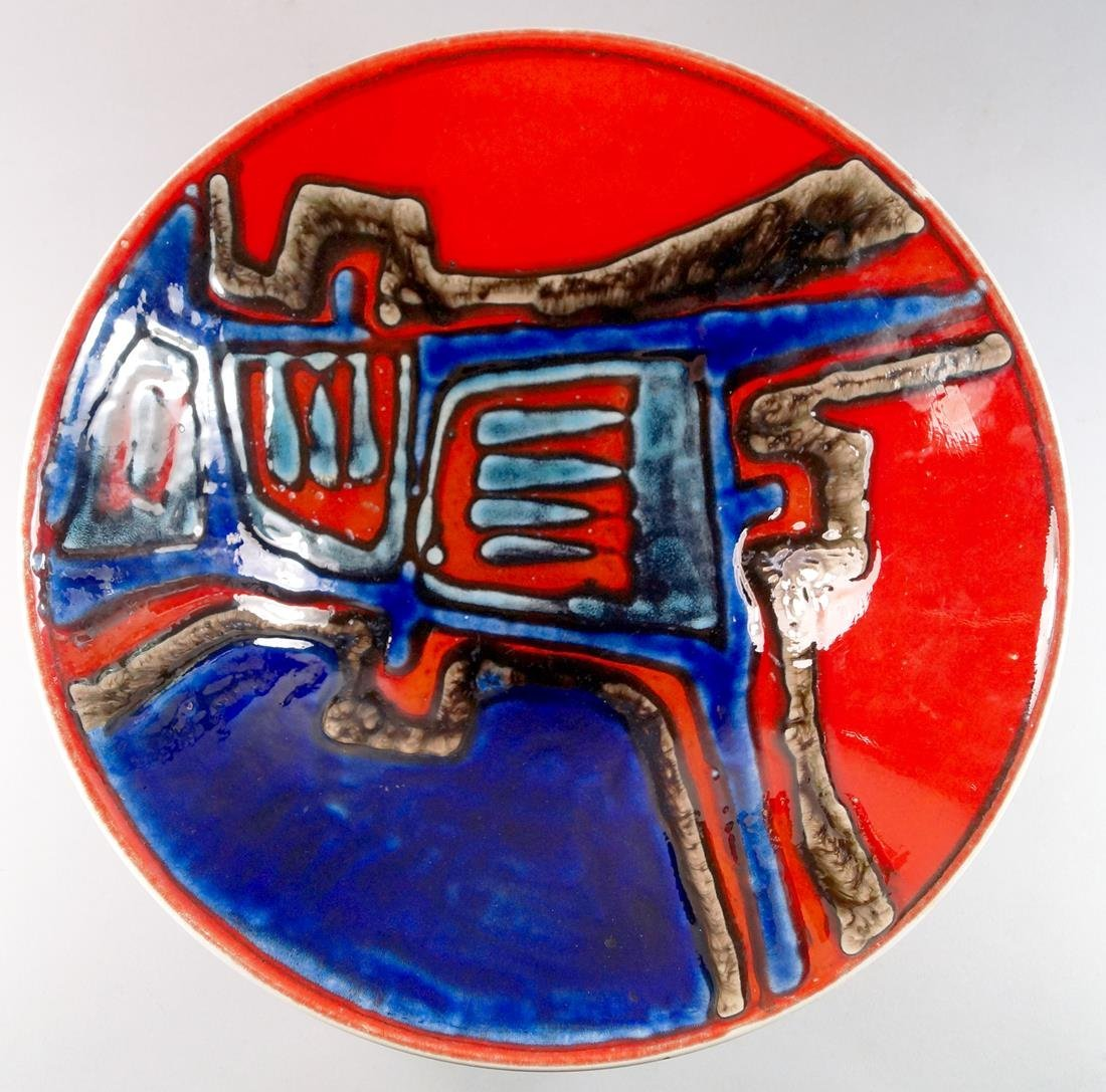 A Poole Pottery Ceramic bowl, circa 1970, hand painted