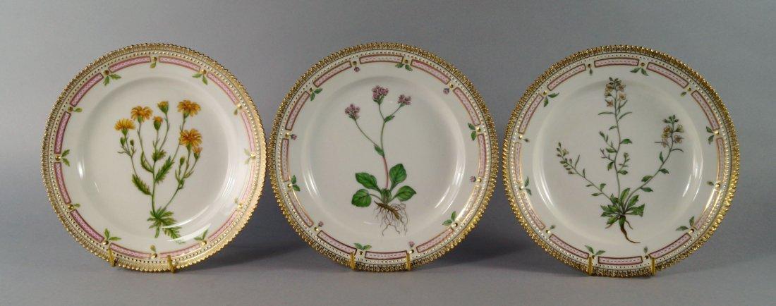 A set of ten Royal Copenhagen Flora Danica small pates,