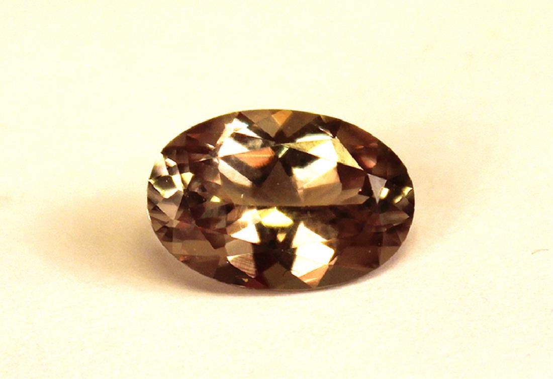 5.20 CT MIN Color Change Diaspore Gemstone