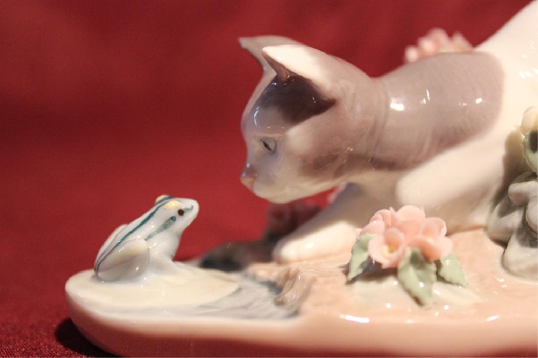 Lladro Spain Kitten and Frog - 2