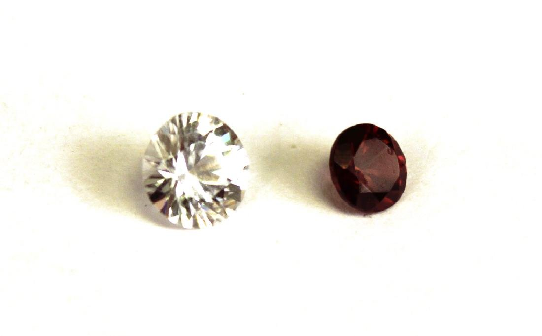 1.50 CT MIN 7.5MM White Zircon, .90 CT 6MM Red Zir - 2