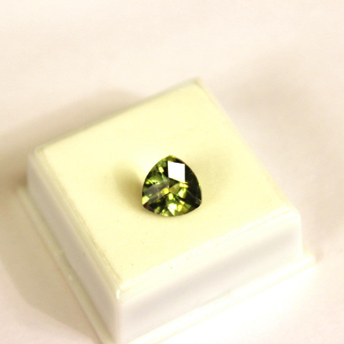 Approx 3.25 CT 10x10MM Kiwi Topaz Gemstone - 2