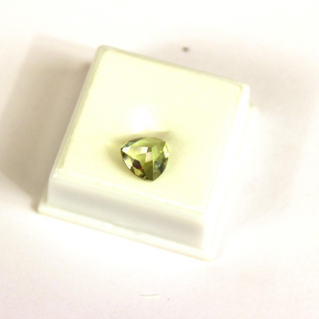 Approx 3.25 CT 10x10MM Kiwi Topaz Gemstone - 4