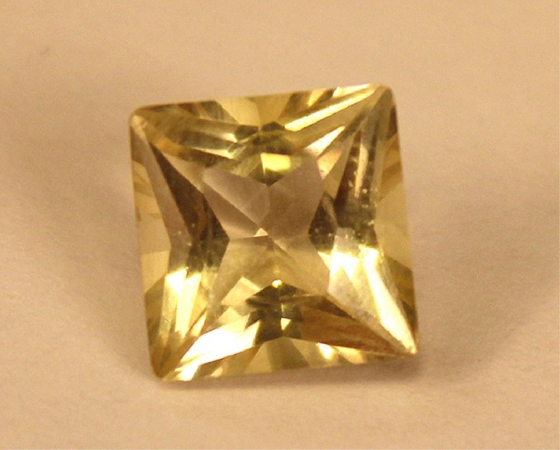 3.50 CT MIN 10x10MM Yellow Labradorite Gemstone - 2