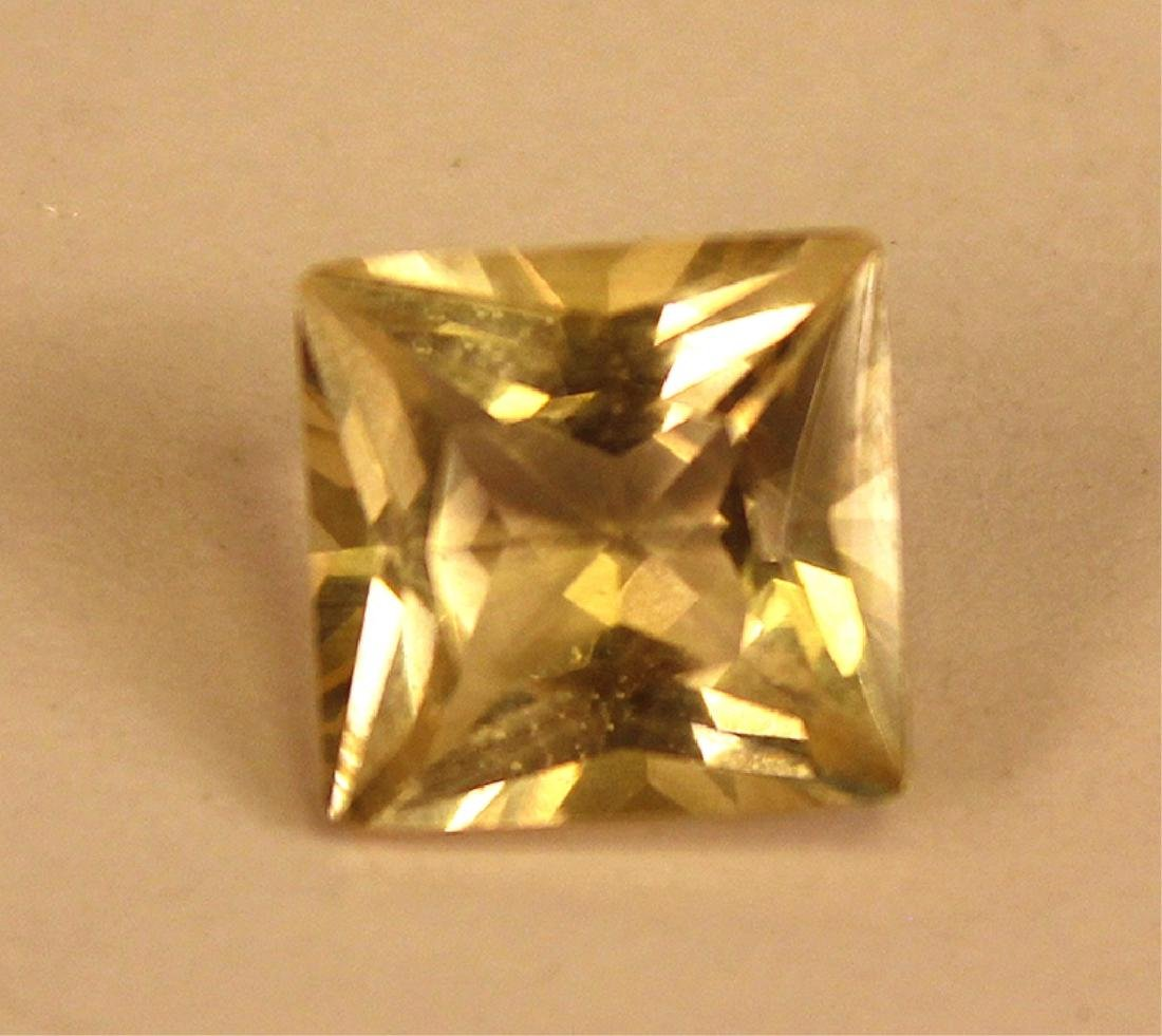 3.50 CT MIN 10x10MM Yellow Labradorite Gemstone - 3